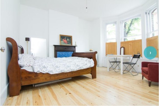Huge room in Georgeous Victorian Terrace, Clapton Pond